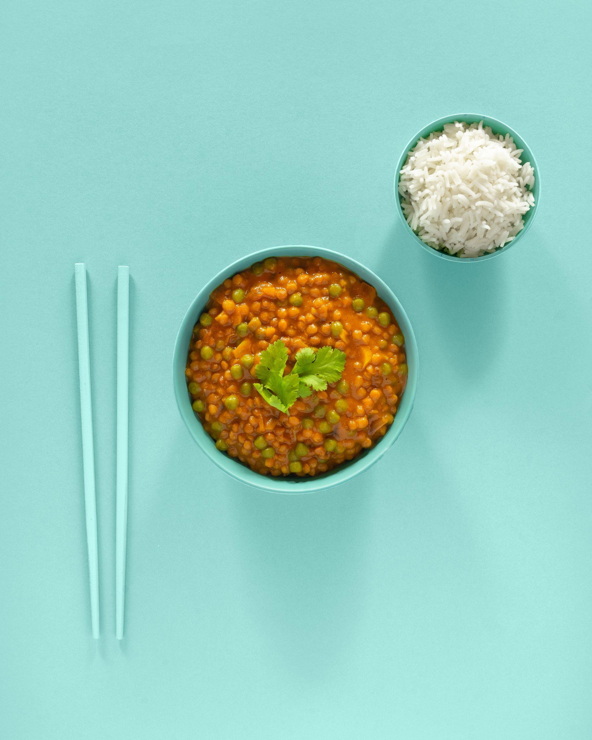 curry de lentejas vegano con arroz basmati